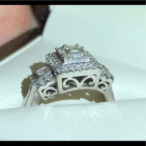 Jewelry - 14 Karat White Gold.  1CT    Send me an offer.